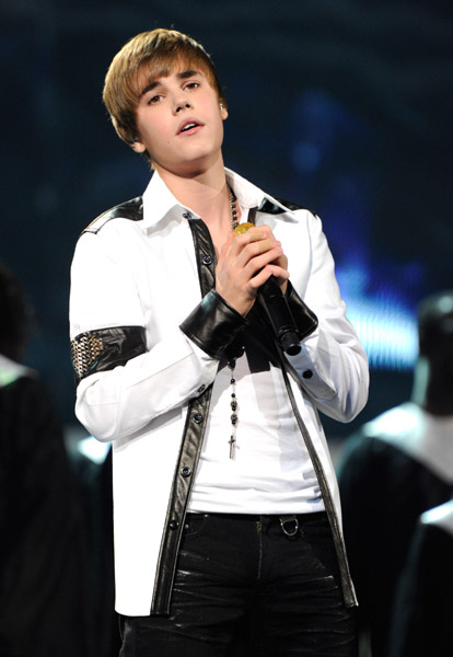 Singer Justin Bieber White leather Jacket (3)