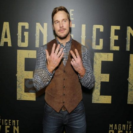 2016 Movie The Magnificent Seven Josh Faraday Suede leather Vest